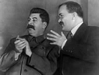 Почему в борьбе за лидерство победил Сталин?