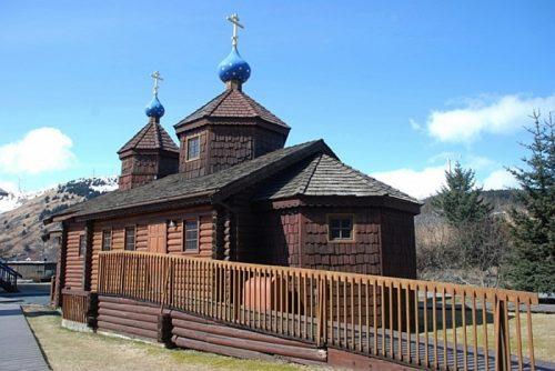 «Из детей выбивали русский дух». Почему в селе на Аляске до сих пор говорят по-русски