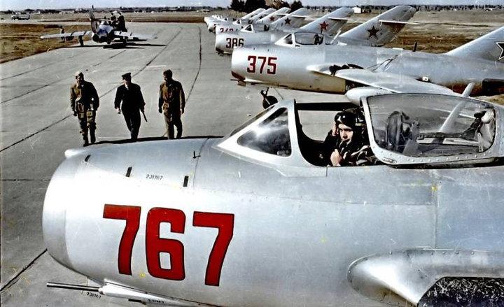 Как «сталинские соколы» сорвали американский ядерный удар по СССР