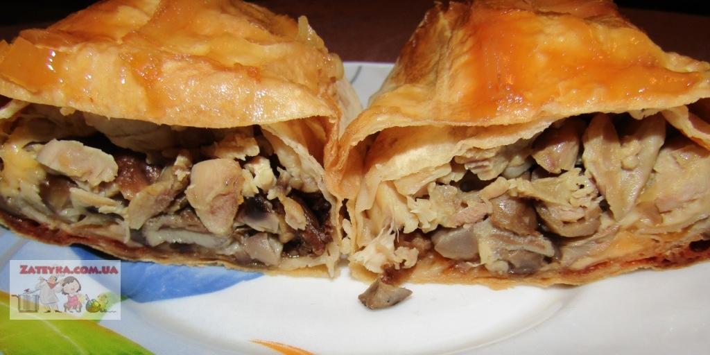 Рулеты из лаваша с курицей, грибами и сыром