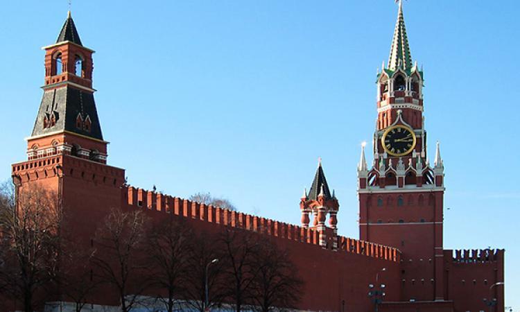 Кремль жестко отверг предложение Порошенко обменять Савченко