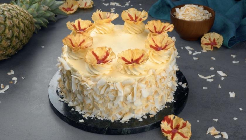 Фруктовый торт «Пина Колада»: экзотический рецепт красивого десерта