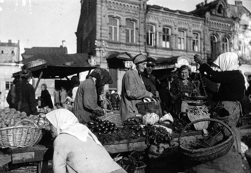 Торговля при Сталине, Хрущеве, Брежневе и Горбачеве