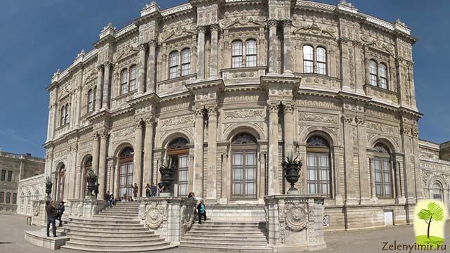 "Дворец турецского султана ""Долмабахче"" в Стамбуле, Турция - 8"