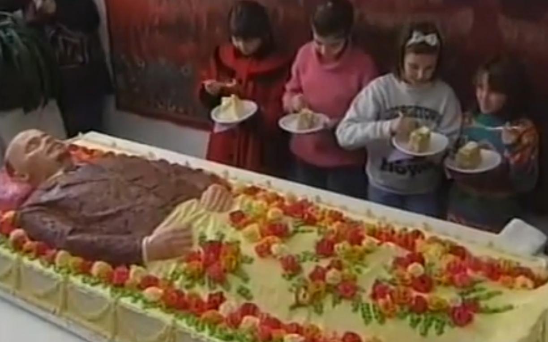 Жириновский предложил похоронить Ленина в Мытищах