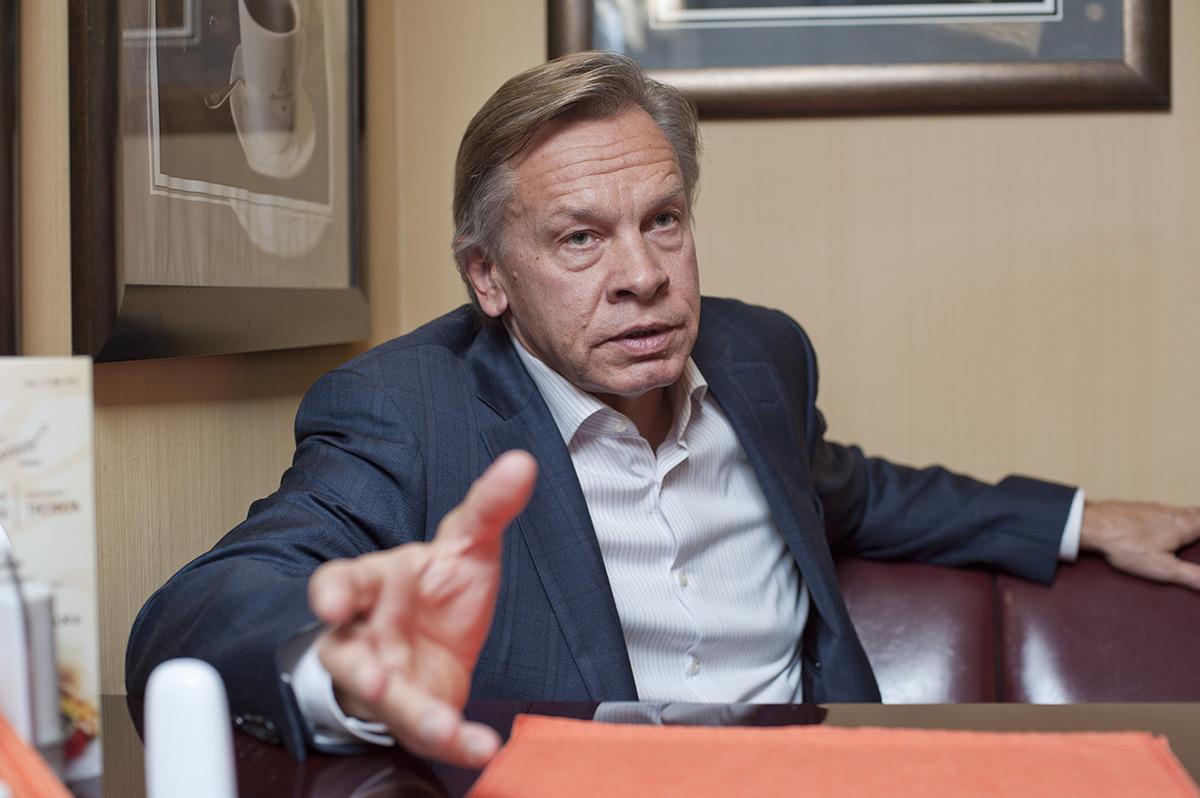 Пушков жеско осадил посла Украины за «глупые амбиции»