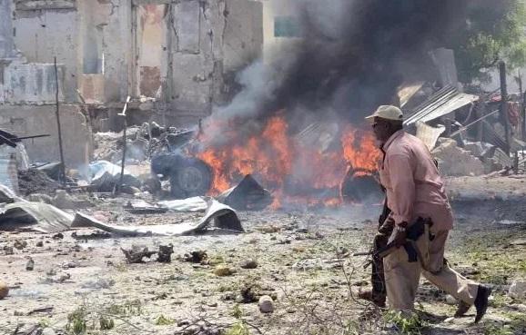 Встолице Сомали взорвался джихад-мобиль, неменее 40 человек погибли