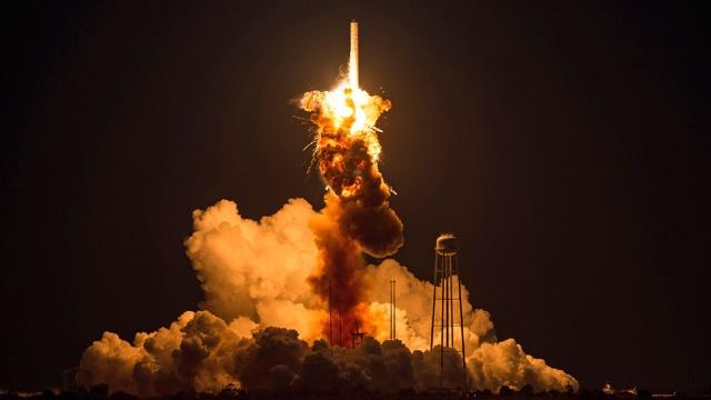 Ракету Antares в США взорвал оператор запуска