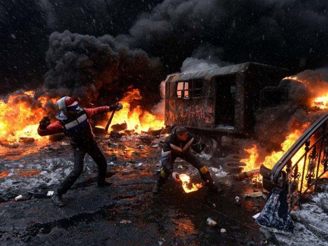 Al Jazeera: даже не смотря на десятки тысяч трупов, украинская власть не перестала считать свой народ быдлом. Но скоро они очень поплатятся за это!