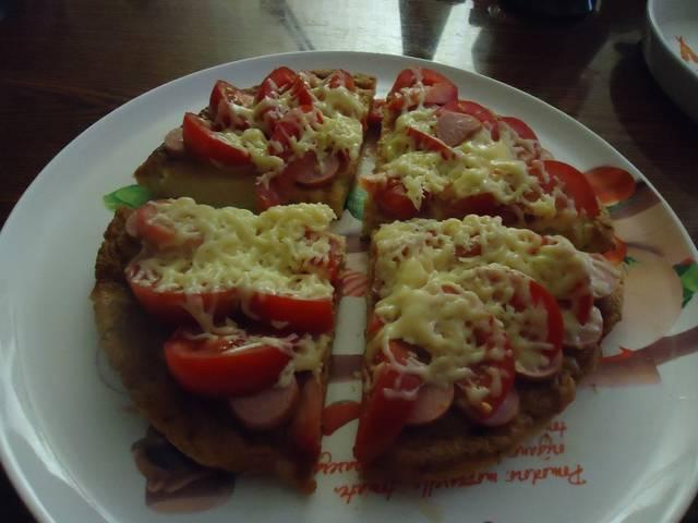 Пицца с основой из кабачка (на сковороде)