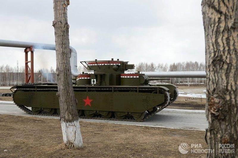 На Урале воссоздали уникальный пятибашенный танк Т-35 Т-35, танк, фоторепортаж