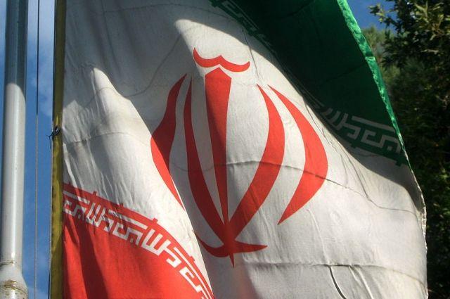 На военном параде в Иране устроили теракт