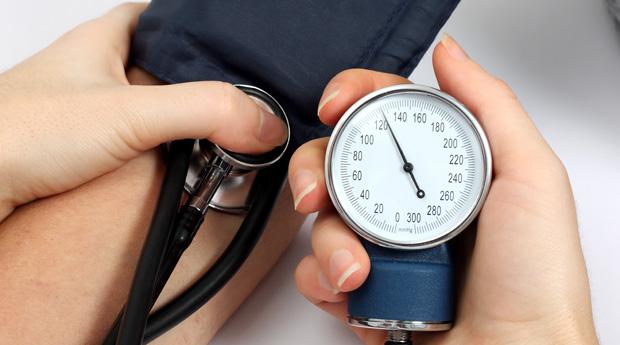5 опасностей высокого кровяного давления, которые никогда нельзя игнорировать