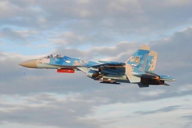 Власти ЛНР пригрозили, что будут сбивать авиацию ВСУ