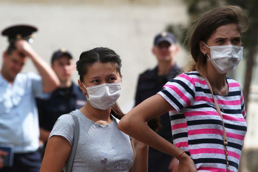 Угрожают ли бархатному сезону в Крыму кислотные выбросы в Армянске?