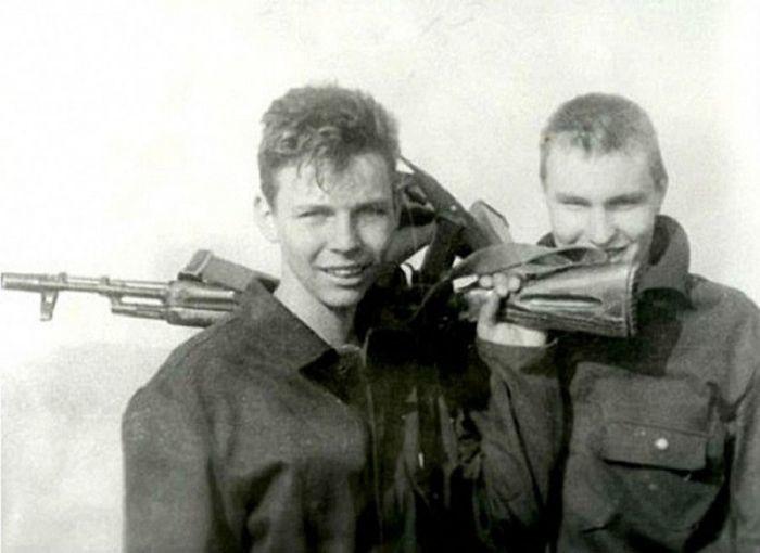 Илья Лагутенко армия, знаменитости, фото
