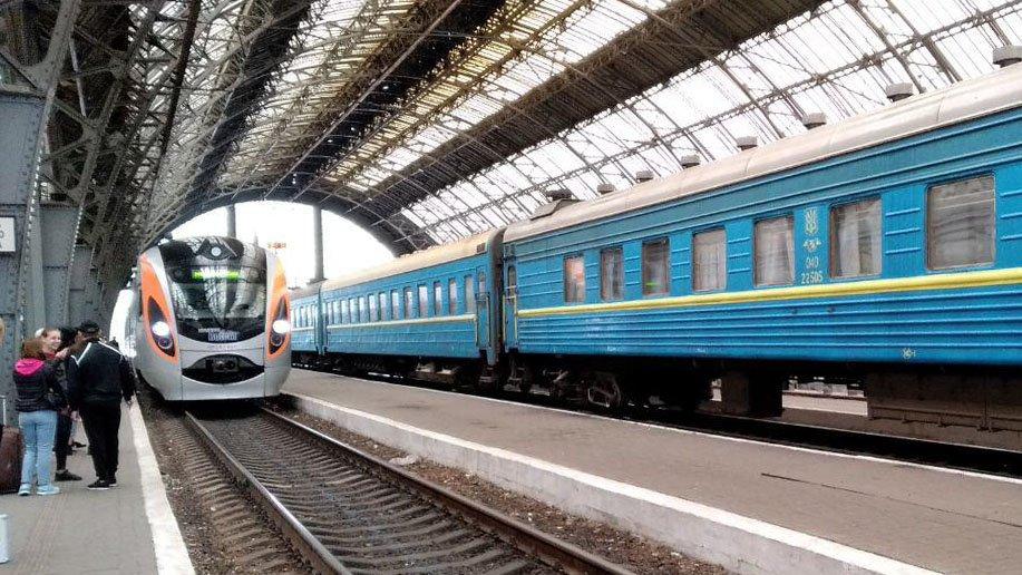 В Петербурге проверяют информацию о заминировании пассажирского поезда на Московском вокзале