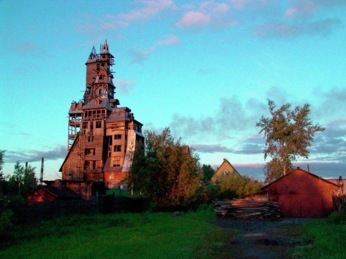 Деревянный небоскрёб Сутягина