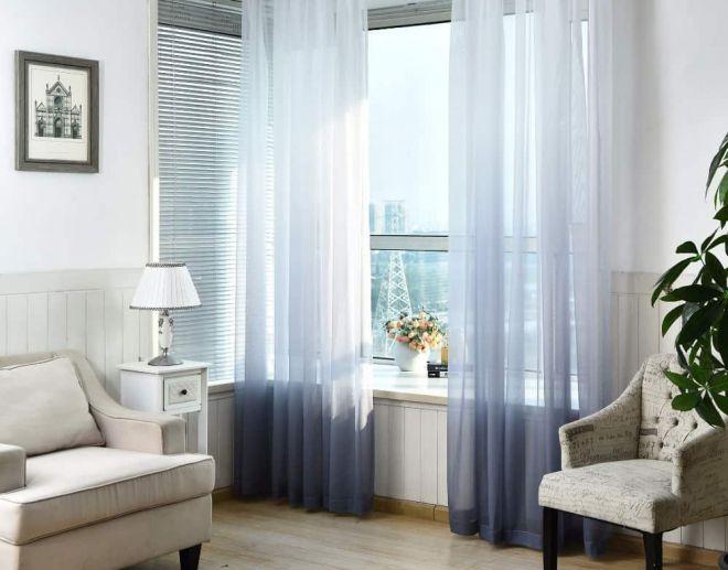 декор окна в гостиной