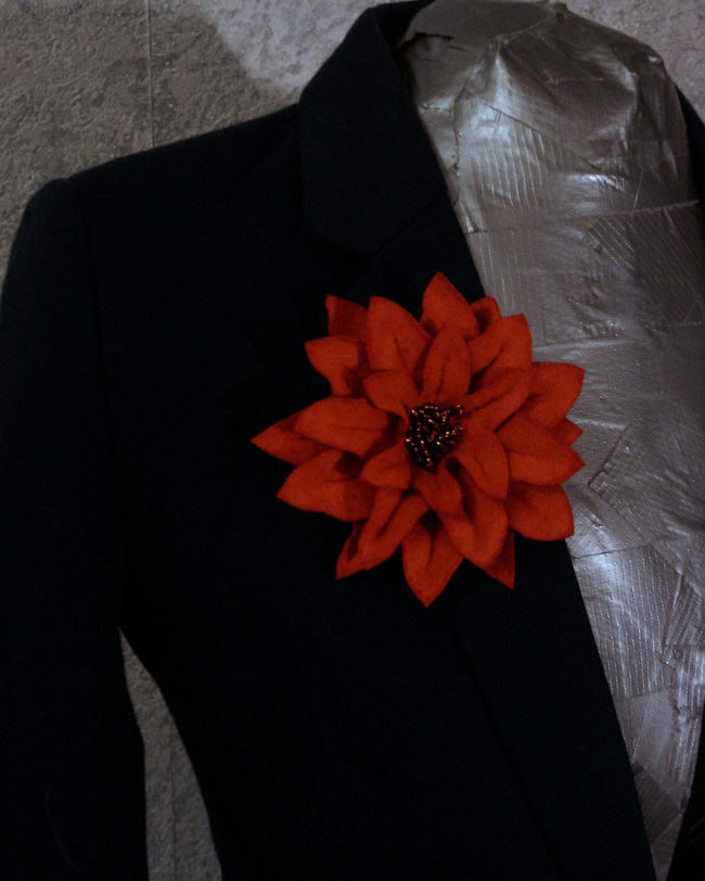 Как сделать цветок из сукна