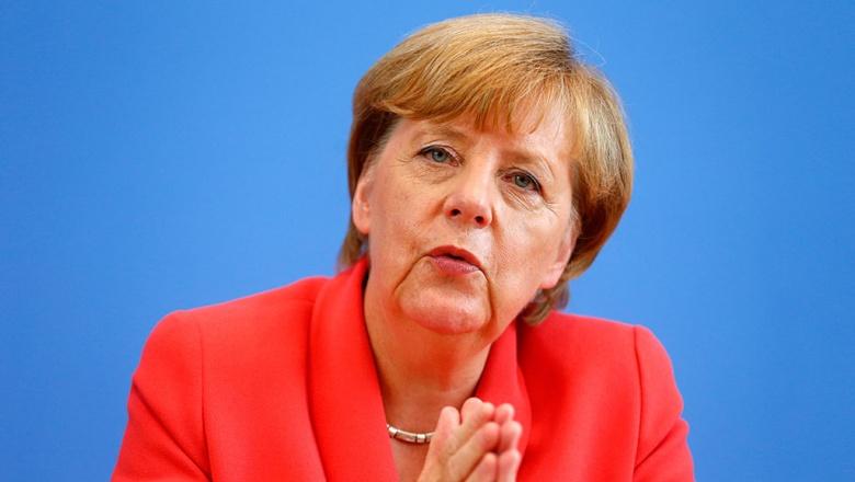Меркель не увидела препятствий к продлению санкций против России