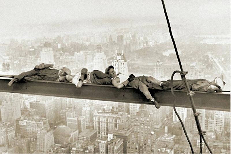 Самые головокружительные фотографии со строительства небоскребов Нью-Йорка
