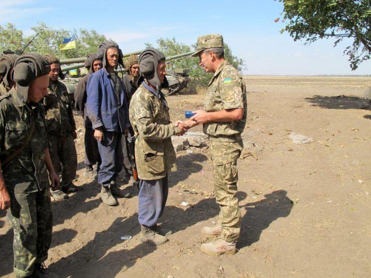 Украинская армия разбредается по домам