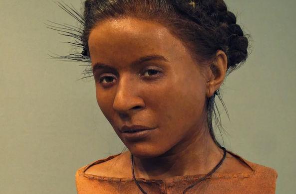 В музее Брайтона воссоздали лица неандертальцев и кроманьонцев