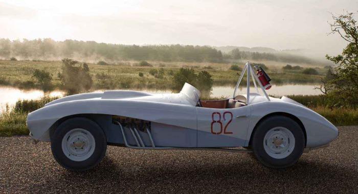 Легкий и мощный гоночный родстер ЗИЛ-112С.