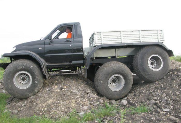 На базе обычных УАЗ теперь серийно выпускают огромные внедорожники «Ямал»