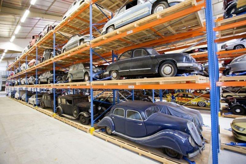 Резервные запасы музея Peugeot