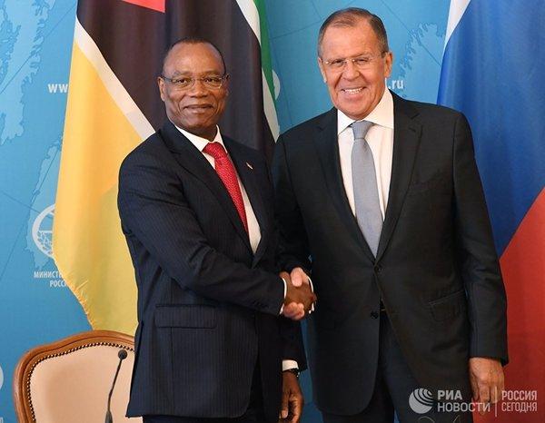 Нежданчик для Запада: Россия тихо и незаметно заняла Африку - нефть, алмазы и уран теперь под контролем Москвы