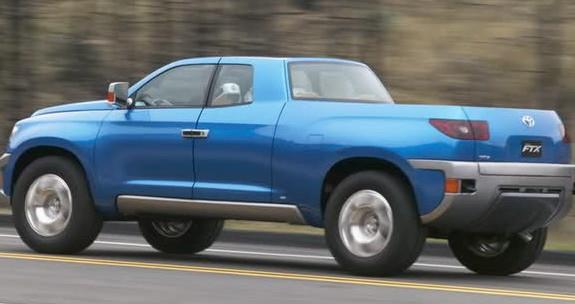 Обновленная Toyota Hilux появится в 2015 году