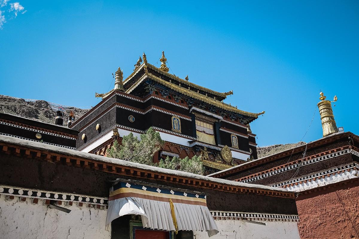 shigadze15 В поисках волшебства: Шигадзе, резиденция Панчен ламы и китайский рынок