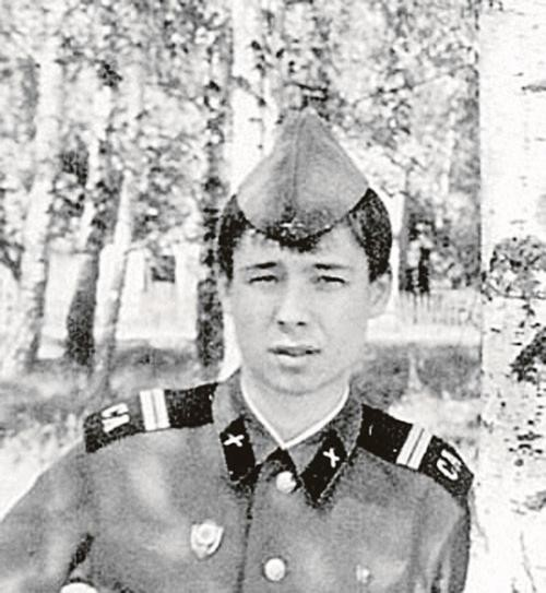 Сергей Зверев армия, знаменитости, фото