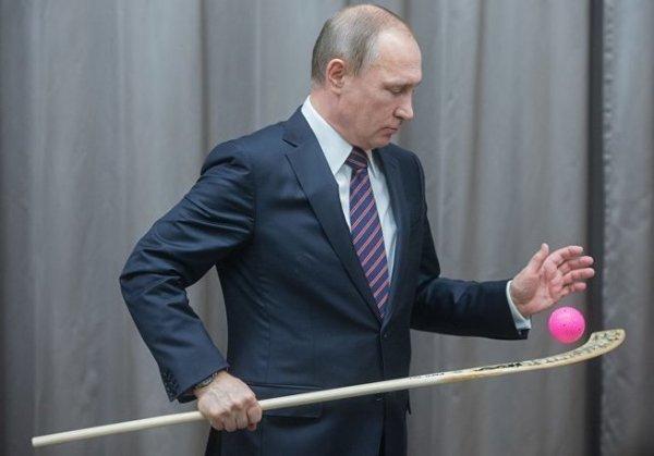 Путин пообещал помочь Иркутску с хоккейным стадионом