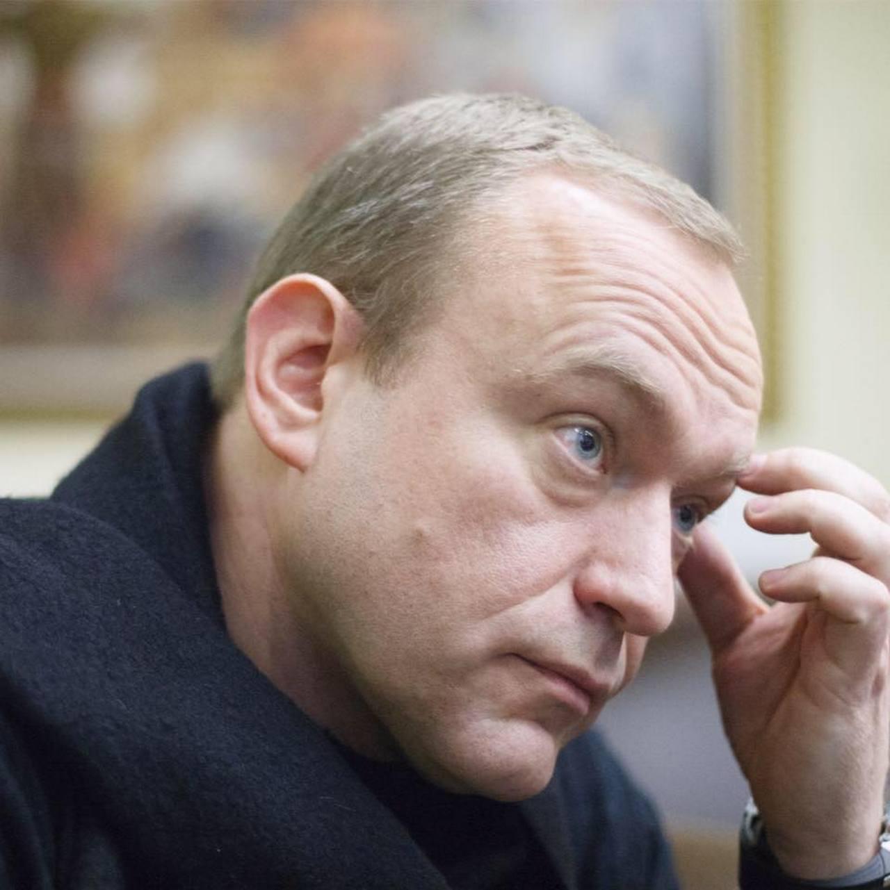 Василий Волга: Масса ушла поклоняться клоуну