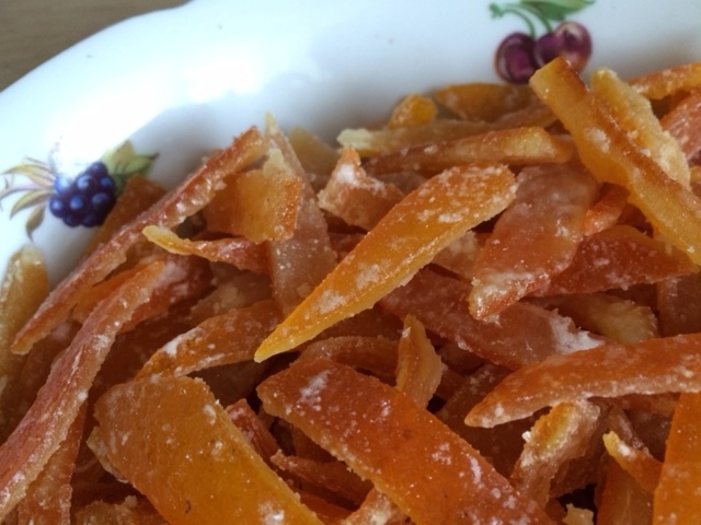 Цукаты из апельсиновых корок (по следам рецепта Иры Осиповой)