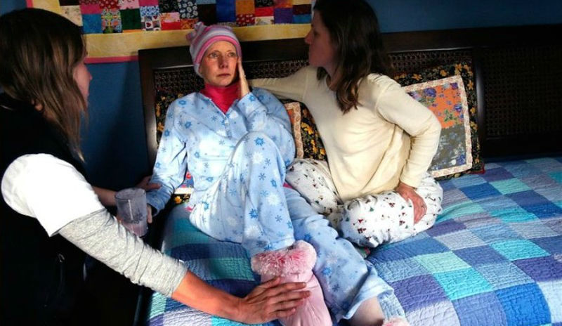 Тяжелые и красивые фото, документирующие любовь молодой умирающей матери