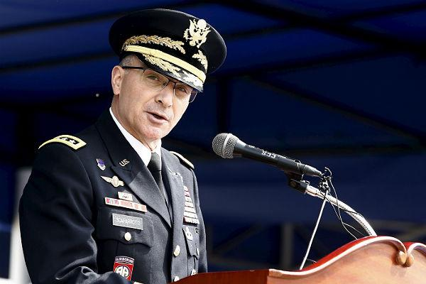 В НАТО раскрыли секрет маневров американского атомного авианосца «Гарри Трумэн»