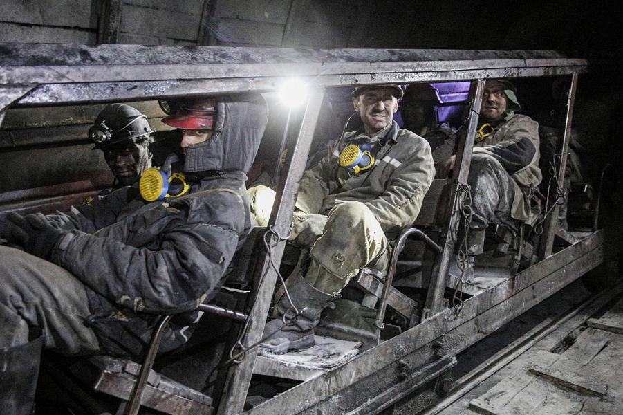 Украина теряет большие деньги на блокаде Донбасса