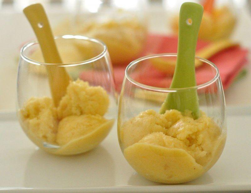 Банановый сорбет: чудесный десерт на скорую руку