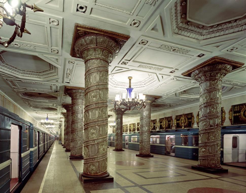 MetroStations42 17 самых волшебных станций метро со всего мира