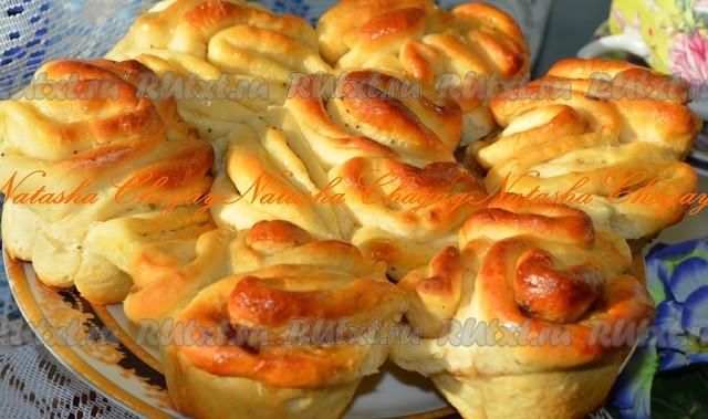 Дрожжевые сдобные булочки