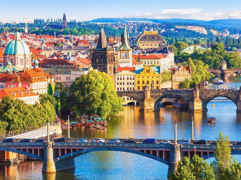 25 причин для переезда в Прагу