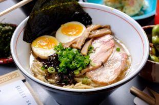Чем отличается вьетнамский суп фо от японского рамена?