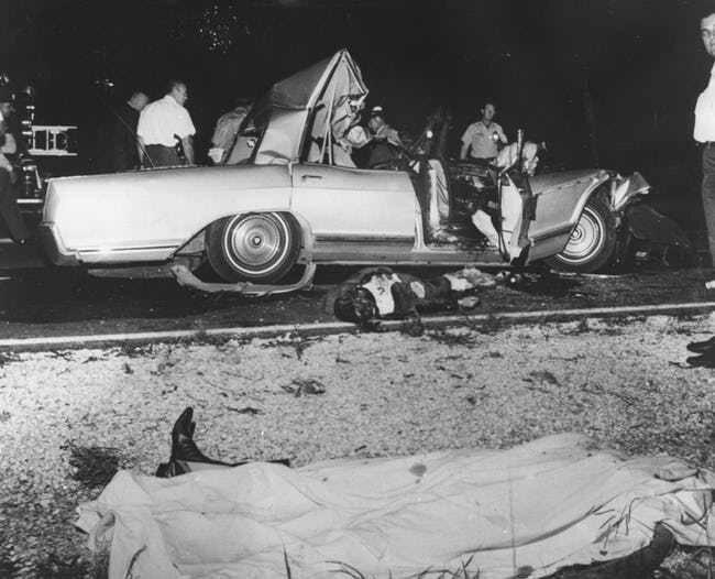 Она затмила Мэрилин Монро, а затем пустилась во все тяжкие и умерла в 34, лишившись головы