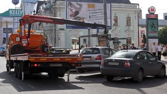 Более 500 автомобилей скопилось на штрафстоянках в Москве