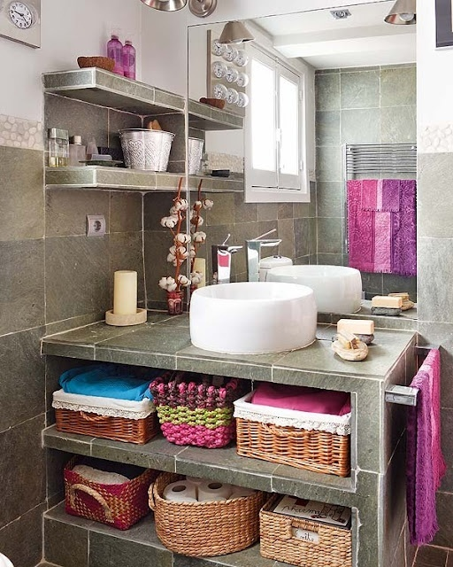 practical-bathroom-storage-ideas-64