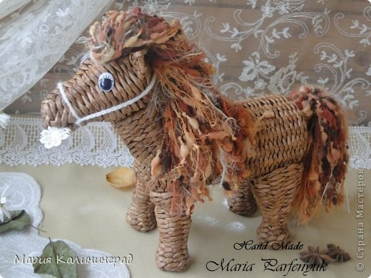 плетение из газет. лошадка из газетных трубочек (1) (520x390, 136Kb)
